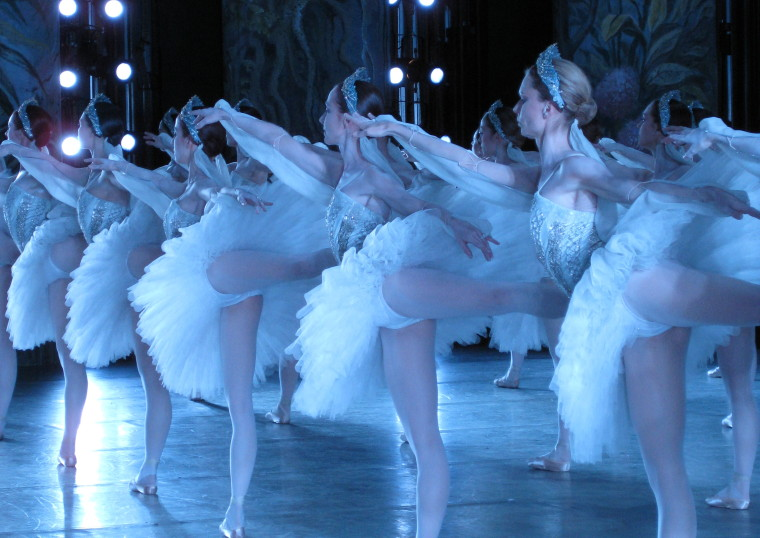 LA BAYADÈRE, Paris Opera Ballet Tour, Queensland Performing Arts Centre 2009 ©Sally Blackwood