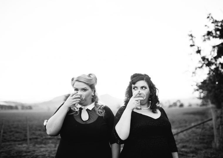 MOTHER'S RUIN: A Cabaret About Gin, Maeve Marsden & Libby Wood ©Patrick Boland